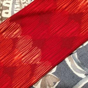 LuLaRoe Pants - Lularoe tall/curvy red/orange leggings,euc